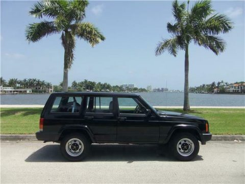 1998 Jeep Cherokee SE XJ ONE Owner ONLY 35K Miles Clean CARFAX!!! na prodej