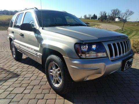 2004 Jeep Grand Cherokee V8 Special Edition Quadra Trac II na prodej
