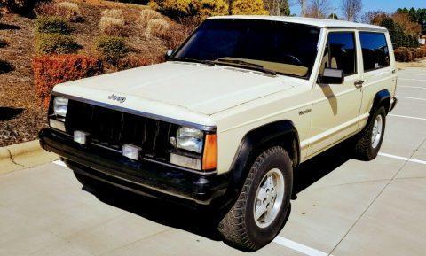 1986 Jeep Cherokee na prodej
