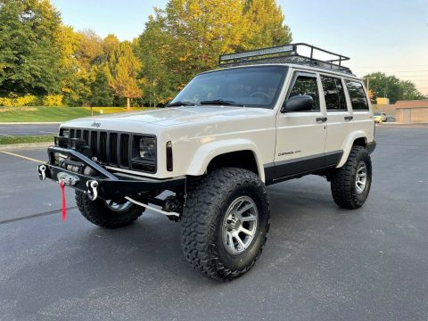 2001 Jeep Cherokee XJ   Super Clean   LOADED!! na prodej
