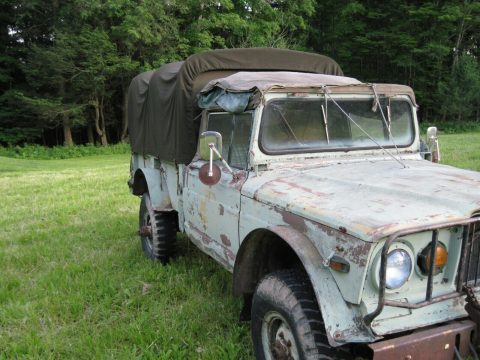 Jeep M715 military vehicles. na prodej