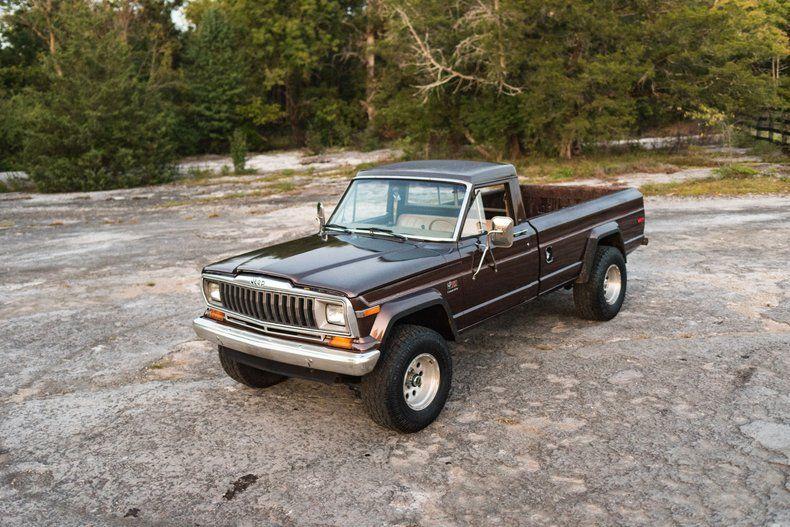1982 Jeep J 10